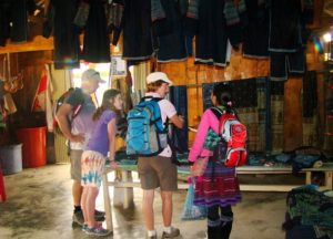 black-hmong-sapa-homestay-customers